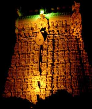 Mela-gopuram by night